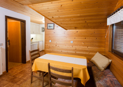 APARTMENTS DOLAR BLED